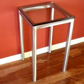 Equipment / Accent Table